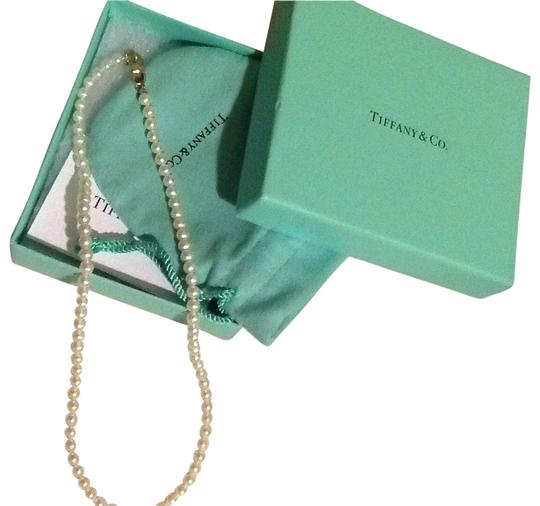 Preload https://item2.tradesy.com/images/tiffany-and-co-pearl-co-ziegfeld-necklace-182796-0-0.jpg?width=440&height=440