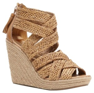 DV by Dolce Vita Nude Wedges