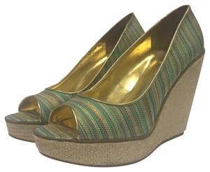 Bandolino Striped multi-color Wedges