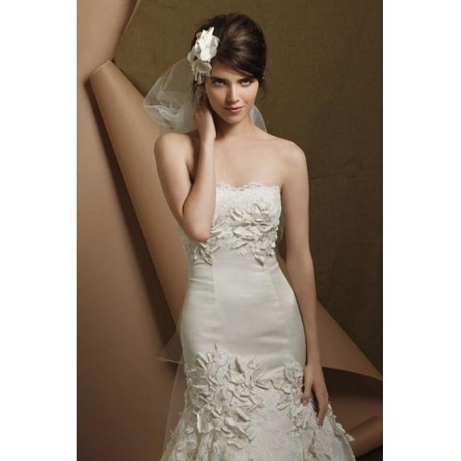 Item - Ivory Silk Torreon-4041b Vintage Wedding Dress Size 4 (S)