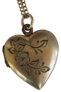 Other Vintage Gold Filled Engraved Flower Heart Locket Necklace Sweetheart