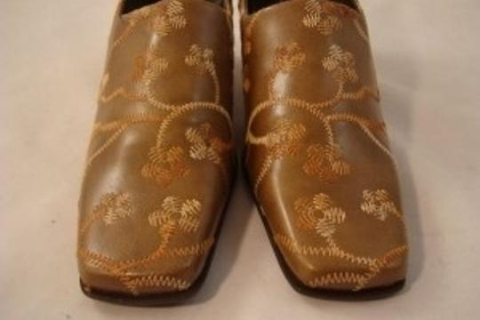 A. Marinelli Embroidered Leather Tan Pumps
