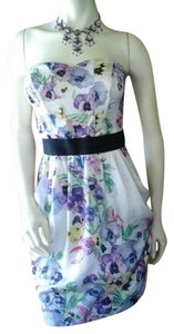 H&M Tube Sleeveless Bustier Floral Flowers Boning Above Knee Date Cocktail Dinner Size 6 New Pockets Dress