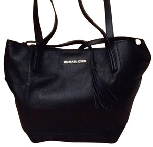 Michael Kors Leather Large Tote in Black