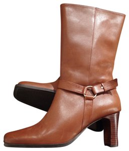 Bass Leather Winter Tan Boots