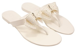 Salvatore Ferragamo 0580986 8050445145851 New Bianco Sandals