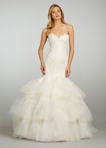 Jim Hjelm 8302 Wedding Dress