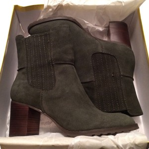 Circa Joan & David Dark Green Suede Boots