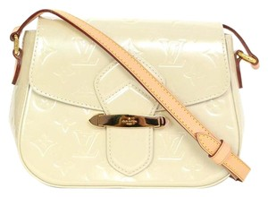 Louis Vuitton Vernis Monogram Cross Body Bag