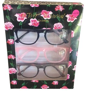 Betsey Johnson Readers