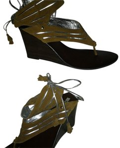 Matiko saddle and silver Sandals