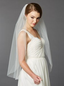 Mariell Best Selling Fingertip Length Single Layer Cut Edge Bridal Veil 4433v-36-i