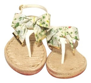 Ivory Box Penny With Sandals