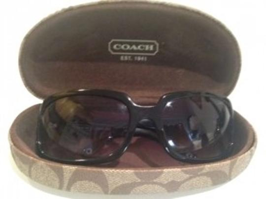 Preload https://item4.tradesy.com/images/coach-black-samantha-s425-sunglasses-183103-0-0.jpg?width=440&height=440