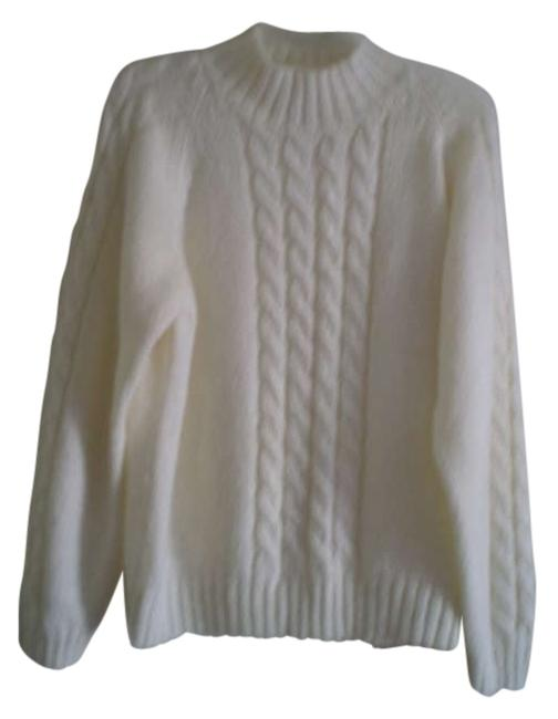 Preload https://item1.tradesy.com/images/ivory-nice-sweaterpullover-size-10-m-183125-0-0.jpg?width=400&height=650