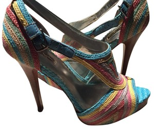 Report Signature Multicolor Platforms