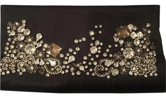 Preload https://img-static.tradesy.com/item/1831979/nicole-miller-black-silk-clutch-0-0-540-540.jpg