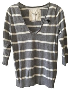 Abercrombie & Fitch V-neck Striped Logo Sweater
