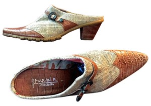 Aquatalia by Marvin K. Aligator Buckle Burlap Hemp Wood tan Mules