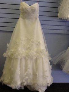 4526 Wedding Dress