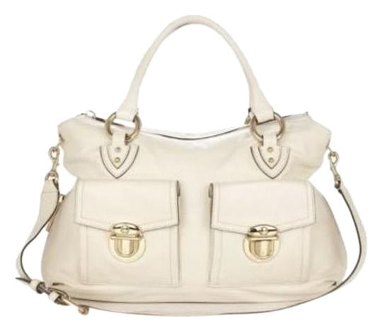 Preload https://item3.tradesy.com/images/marc-jacobs-carla-white-leather-shoulder-bag-18327187-0-1.jpg?width=440&height=440