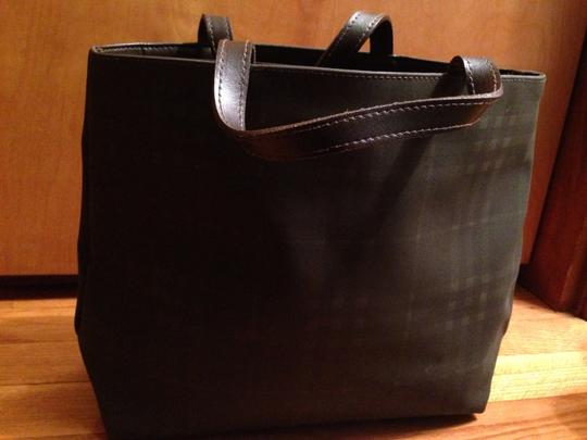 Burberry Tote in Chocolate