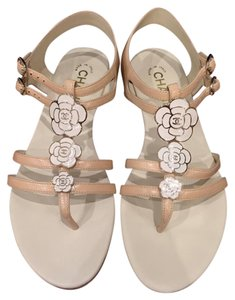 Chanel Camellia Flower Chain Gladiator beige Sandals