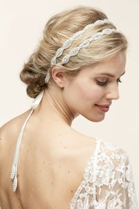 Untamed Petals By Amanda Judge Untamed Petals Style Poppy Ii Wedding Headpiece