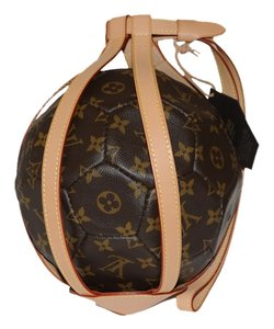 Louis Vuitton Authentic NEW Louis Vuitton Limited World Cup Classic Monogram Soccer Ball