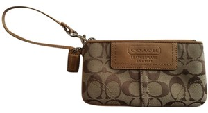Coach Wristlet in Tan and light brown