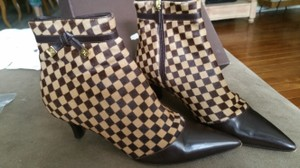 Louis Vuitton Leater Gold Brown Damier Boots