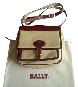 Bally Cream Messenger Bag