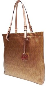 MICHAEL Michael Kors Mk Signature Large Metallic Tote in Gold