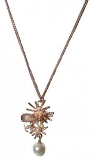 Preload https://img-static.tradesy.com/item/183476/chanel-rose-gold-burst-with-pearl-accent-necklace-0-0-540-540.jpg