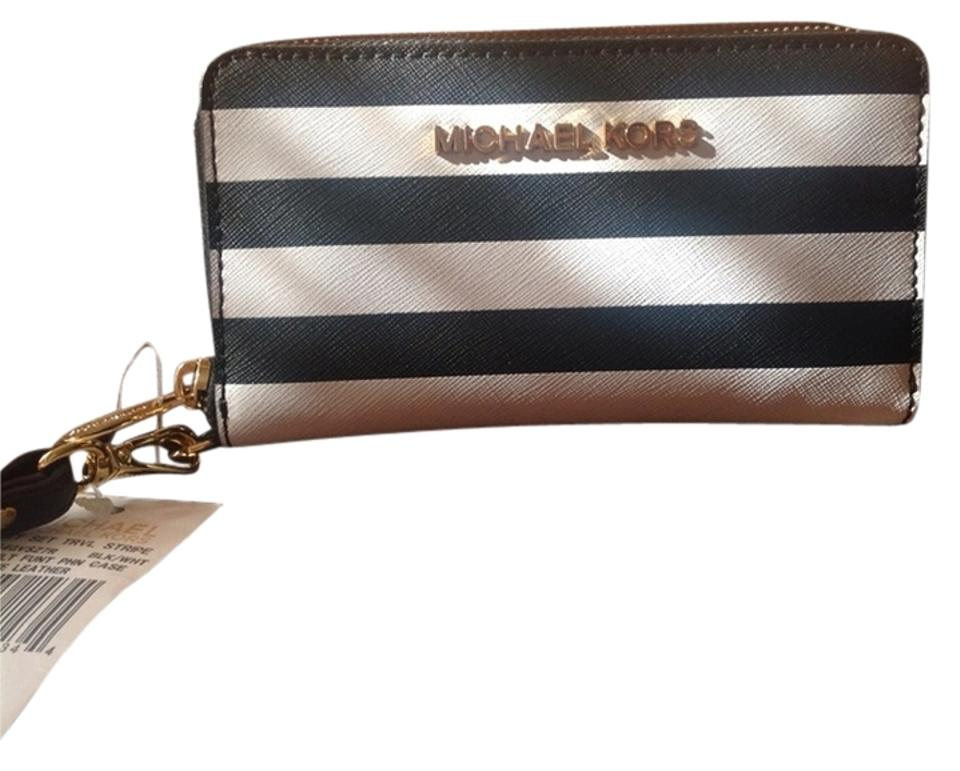 20587427855f Michael Kors Black and White Striped Saffiano Large Multifunction Jetsetter  Phone Case Wallet