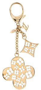Louis Vuitton Gold-tone Louis Vuitton Ivy LV logo monogram bag charm