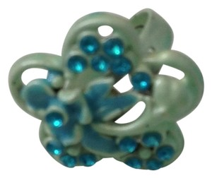 American Apparel Blue Flower Ring