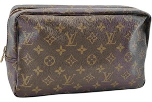 Louis Vuitton Authentic Louis Vuitton Monogram Trousse Toilette 28 Clutch Bag M47522