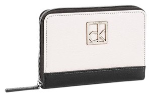Calvin Klein haley city zip continental wallet