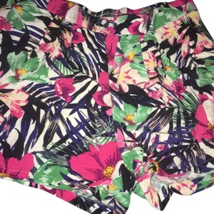 H&M Cuffed Shorts Multi