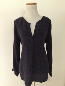 Joie Top Navy blue and black
