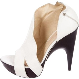 CoSTUME NATIONAL Platform Heels White Boots