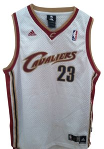 LEBRON JAMES, CAVALIERS