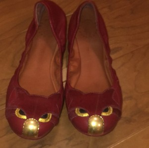Marc Jacobs Red, gold, maroon Flats
