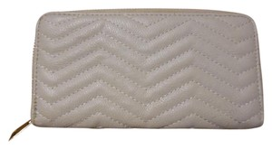 Under One Sky Zig-Zag Faux Leather Zippered Floral Interior Wallet