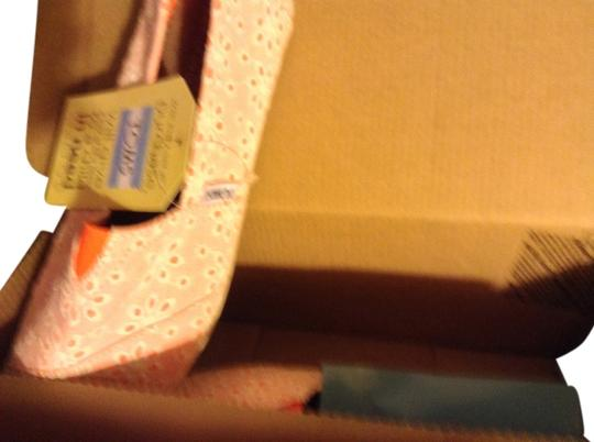 TOMS White/pink Flats