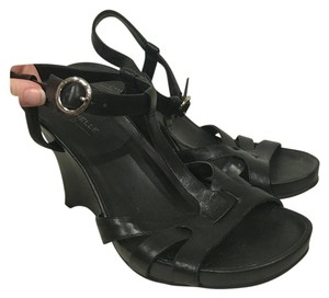 Michelle D Black Wedges