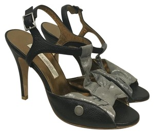 Twelfth St. by Cynthia Vincent Black, Silver, Gray Pumps