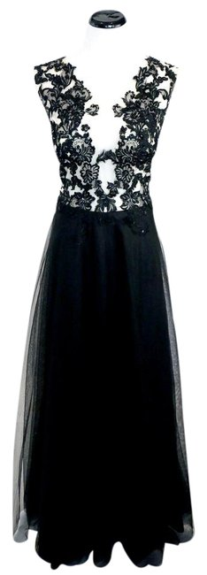 Item - Black Beaded Tulle Gown Long Formal Dress Size 10 (M)