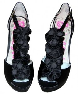 Betsey Johnson Stilettos Heels Size 7 Black Sandals